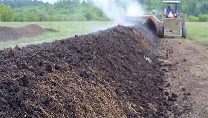 Composting Manure – Methods, Process